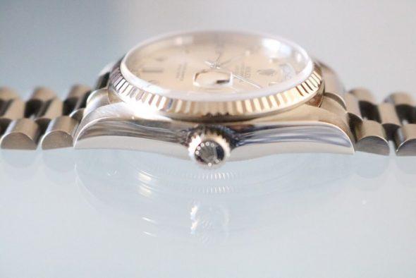 ref.18039 White Pinball